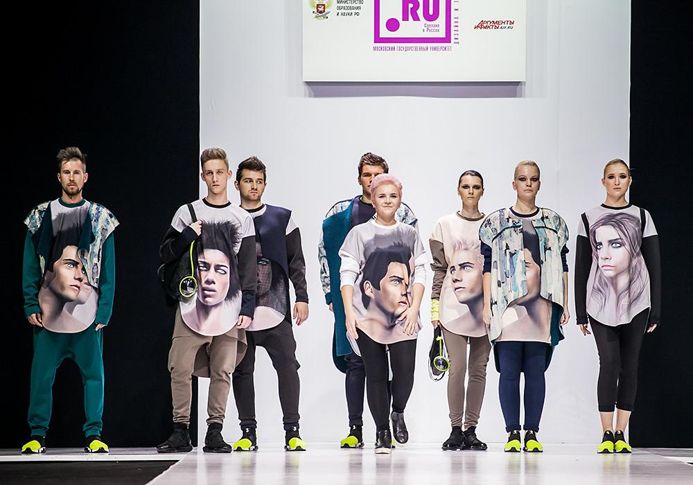 Показ на Неделя моды в Москве
