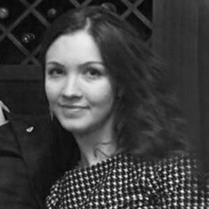Yuliya-Tovmasyan-bw